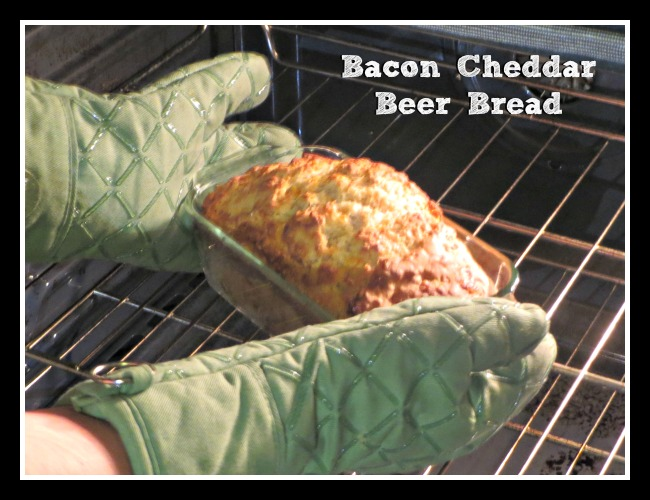 Bacon_Cheddar_Beer_Bread